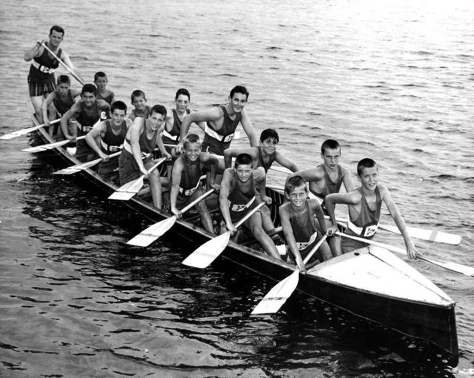 Carts Bantam War Canoe 1962